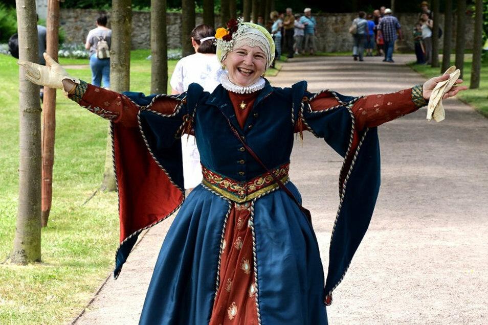 Paula Herold ist seit 1992 auf Schloss Weesenstein zuhause. Und spielt eine ganz bestimmte Rolle.