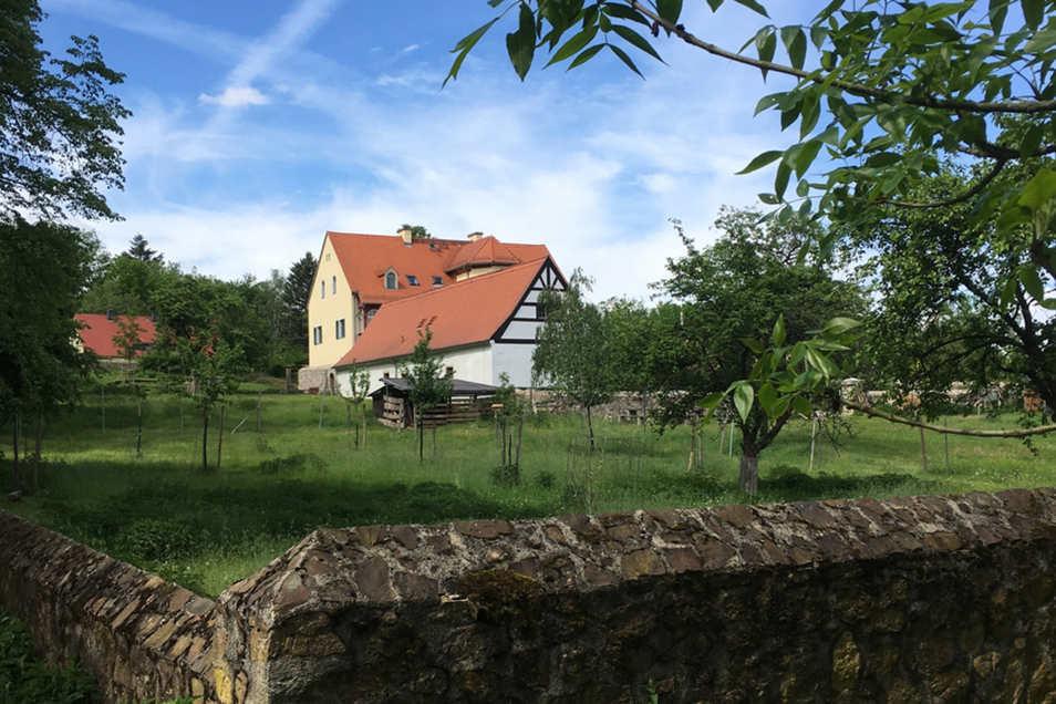 Das Forsthaus Kreyern wurde umfassend saniert und liegt sehr idyllisch.