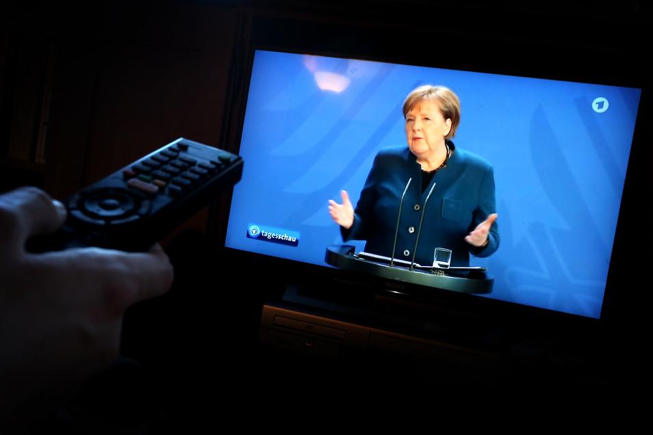 Wenn Kanzlerin Angela Merkel in Zeiten von Corona etwas zu verkünden hat, wird dafür auch kurzfristig das Programm geändert.