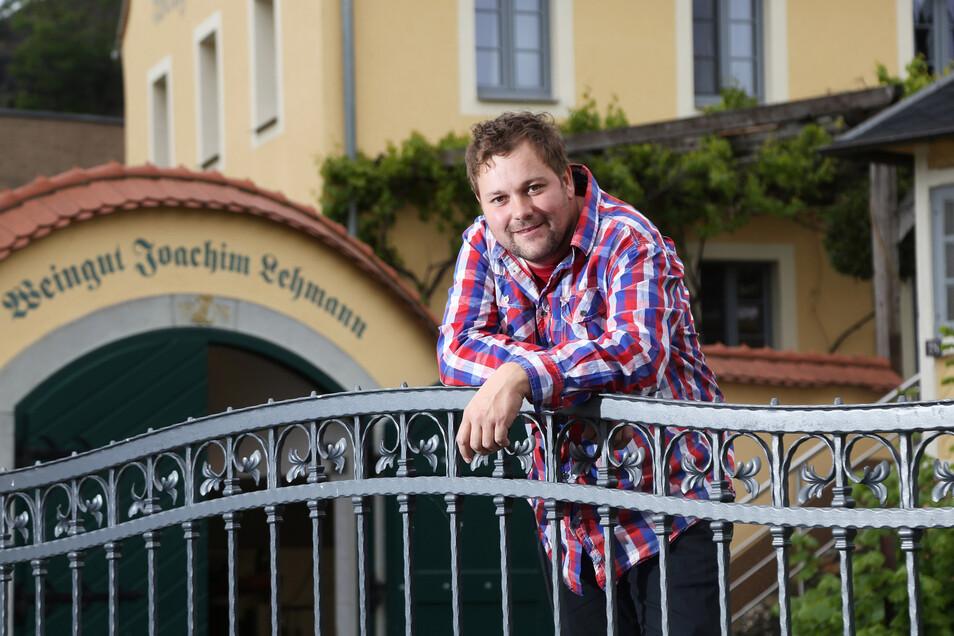 Winzer Sebastian Lehmann öffnet am 27. Juni die Türen für eine geführte Weinwanderung. Wer teilnehmen will, muss sich aber vorher anmelden.