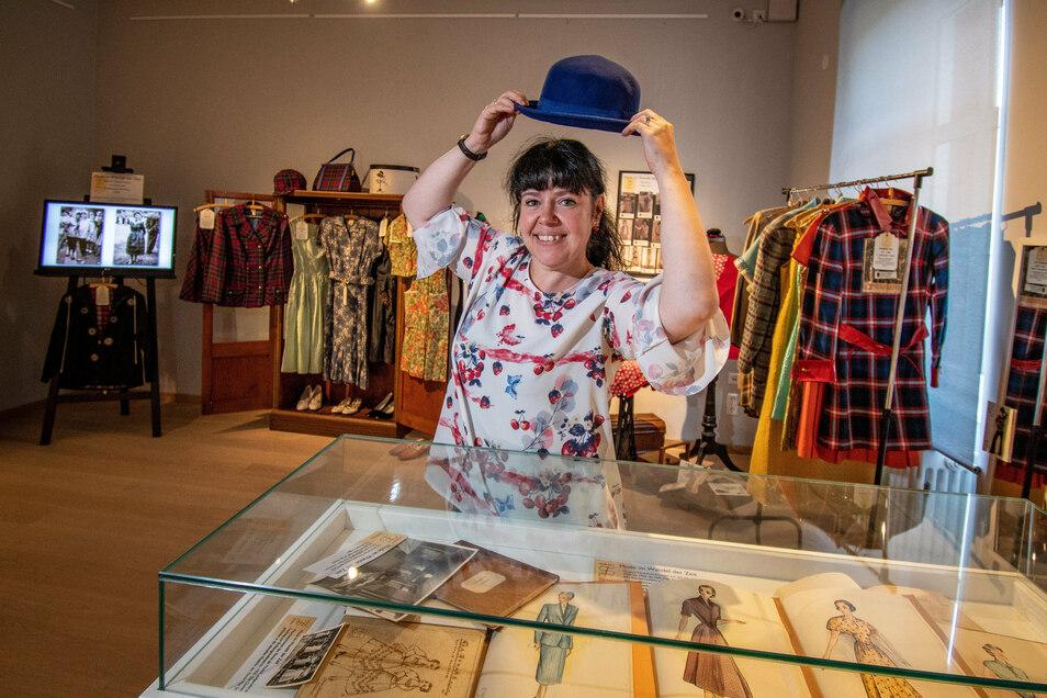 Patricia Hölzel vom Stadt- und Museumshaus steht im neuen Ausstellungsraum, in dem ab Sonntag die Schau zur Firma Max Schade zu sehen ist.