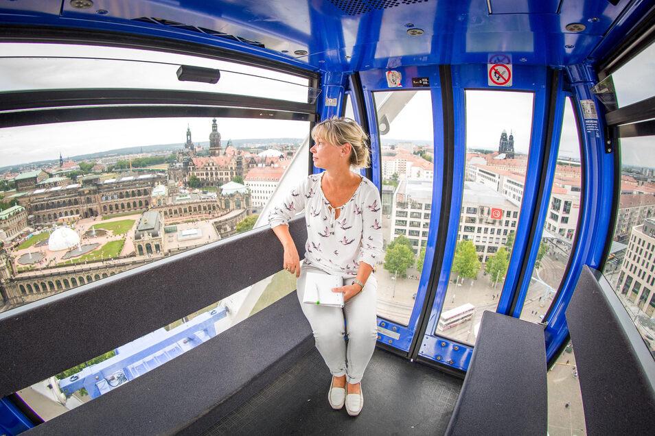 Ruhe vor dem Ansturm des Stadtfestes: SZ-Redakteurin Kay Haufe testet das Wheel of Vision und erfährt von einem überraschenden Angebot.