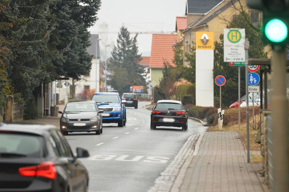 Liebstädter Straße in Pirna: Auf diesem Abschnitt wird die Strecke jetzt halbseitig gesperrt.