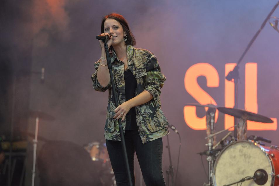 Die Band Silbermond ist beliebt in Dresden. Gleich zwei Konzerte, bei denen die Band spielt, sind ausverkauft.