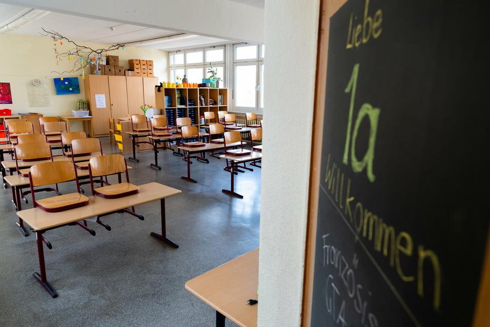 Nach zwei Monaten häuslicher Lernzeit sollen wieder Grundschüler wieder in ihre Klassenzimmer zurückkehren können.