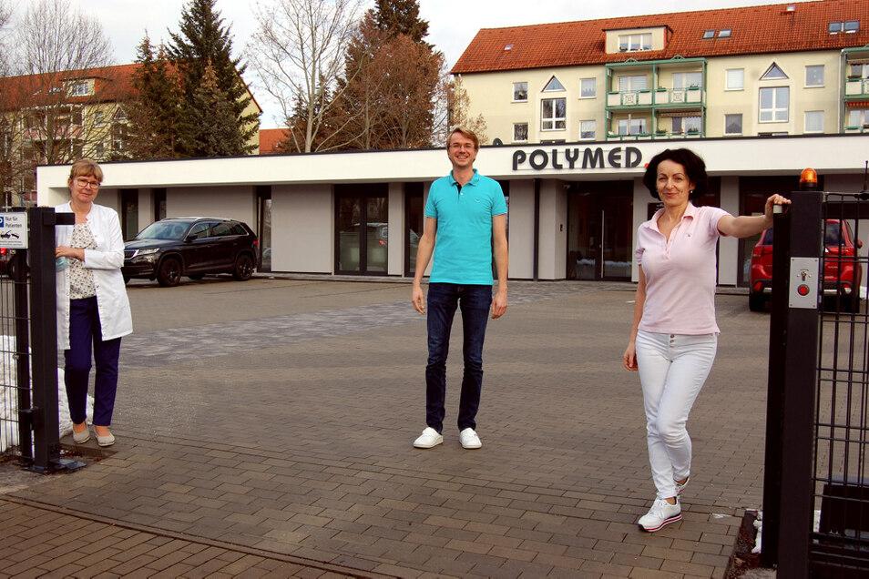 An der Frederic-Joliot-Curie-Straße zu finden sind seit dem Jahreswechsel die Praxen von Diplommedizinerin Marina Köstler-Grzelak, Dr. Paul Jesche und Dr. Viera Donovalova (von links nach rechts).