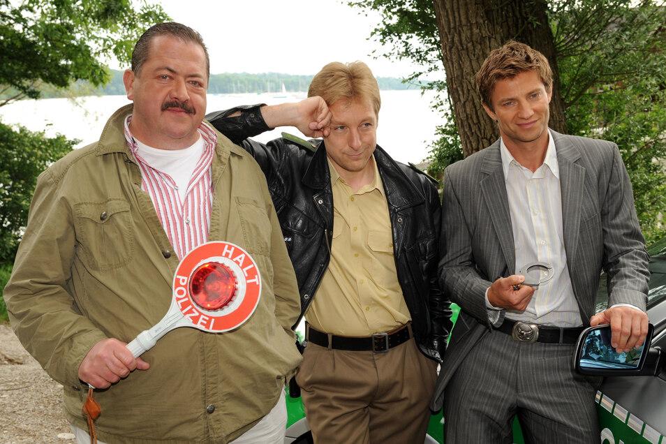 Joseph Hannesschläger in seiner Paraderolle als Korbinian Hofer, hier mit Max Müller (als Michael Mohr) und Igor Jeftic (als Sven Hansen).