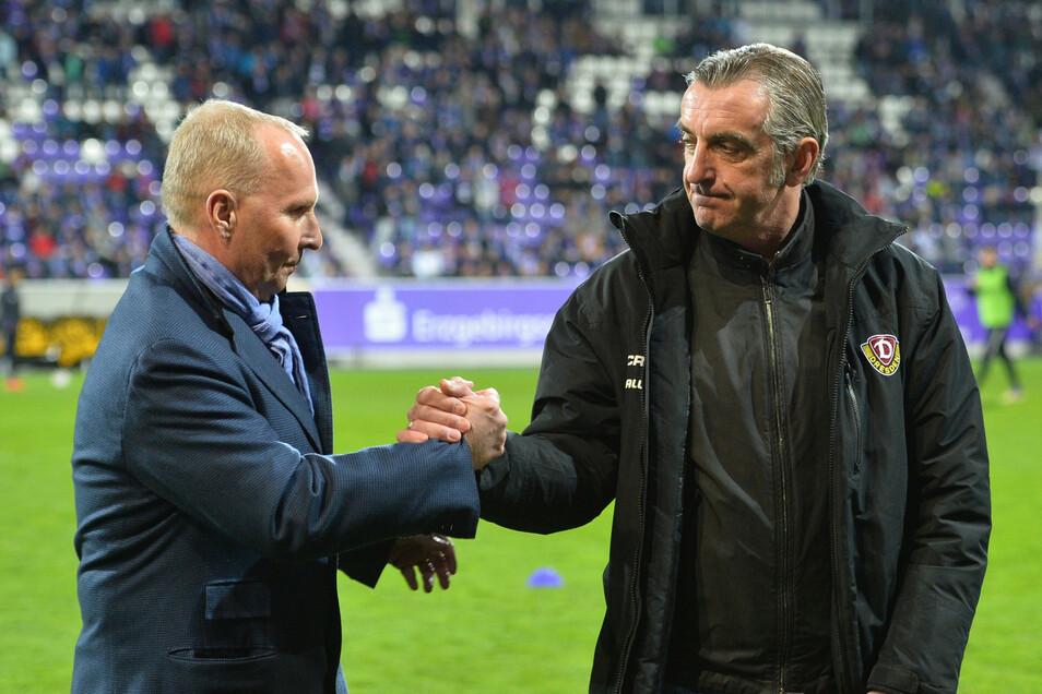 Fester Handschlag, noch festerer Blick. Doch der Eindruck täuscht, Helge Leonhardt und Ralf Minge können mehr als nur gut miteinander.