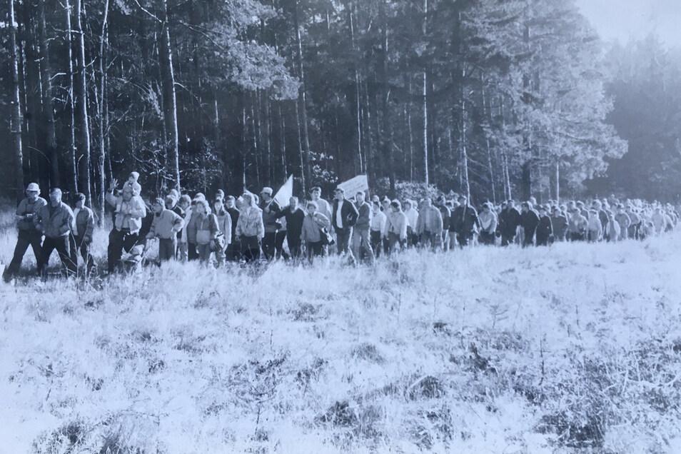 Am 12. November 1989 zogen Tausende aus den umliegenden Dörfern auf den Keulenberggipfel. Die Rückeroberung des Berges der Heimat wurde ein friedliches Fest.