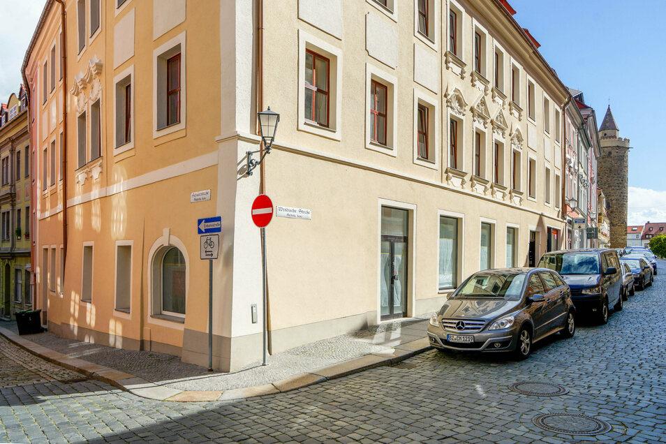 Im Gebäude an der Wendischen Straße 1 in Bautzen will Chris Ares laut bisheriger Pläne ein Geschäft eröffnen. Es ist das Geburtshaus des Bautzener Arztes, Ratsherren und Mäzens Gregorius Mättig.
