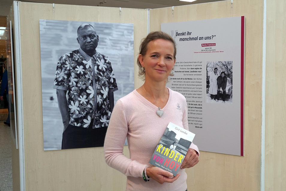 """Maja Lehmann möchte ehemalige Vertragsarbeiter, die in Hoyerswerda lebten und arbeiteten, regelmäßige Spenden zukommen lassen. """"Denkt ihr manchmal an uns"""", wird in der Ausstellung """"Wir waren Kollegen"""" gefragt, die die 47-Jährige inspiriert hat"""