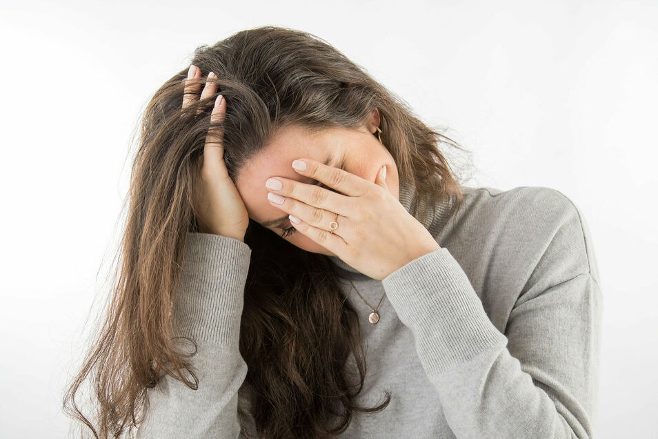 Corona hat bei vielen Menschen Stresssymptome ausgelöst wie Frust, Überforderung oder das Gefühl, nicht frei zu sein. Forscher der Berliner Humboldt-Universität haben deshalb nun ein spezielles Hilfsprogramm entwickelt.