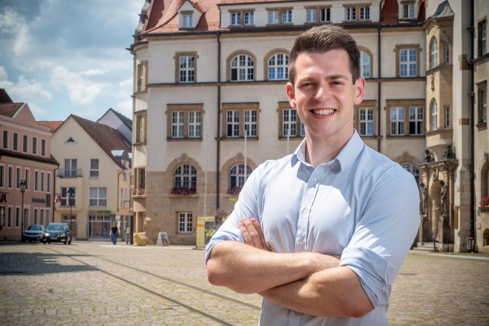Philipp Hartewig hat es mit 26 Jahren bereits zum Landes-Vize der FDP in Sachsen geschafft. Nun geht er für die Liberalen auf Listenplatz 3 ins Rennen um den Bundestag.
