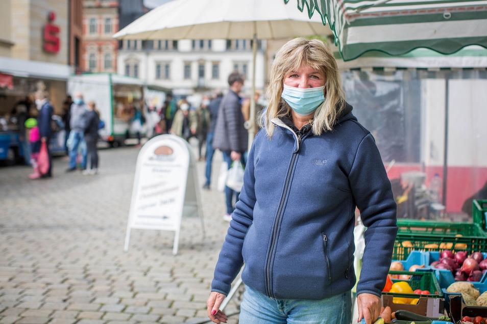 Andrea Weber kommt jetzt an Wochenmarkt-Tagen früher auf dem Schillerplatz, um noch einen Parkplatz in der Nähe zu finden.