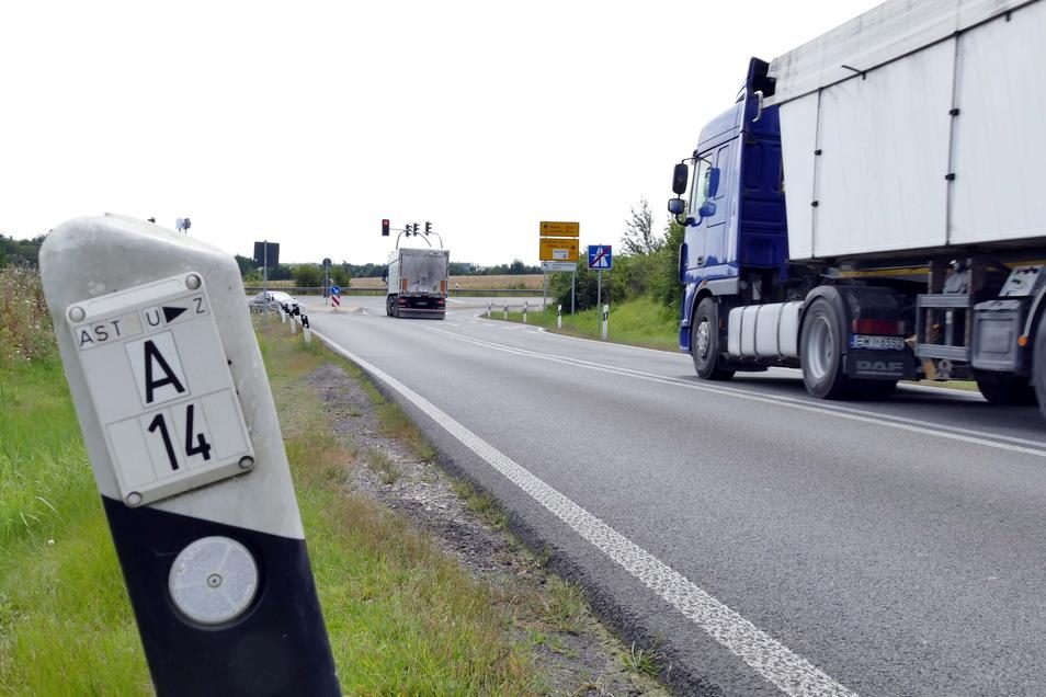 Wenn Karls Erlebnis-Dorf in Döbeln Nord realisiert wird, müssen auch die Abfahrt von der A 14 und die Kreuzung an der B 169 ausgebaut werden. Die Stadt will jetzt eine Fläche erwerben, die dafür benötigt wird.