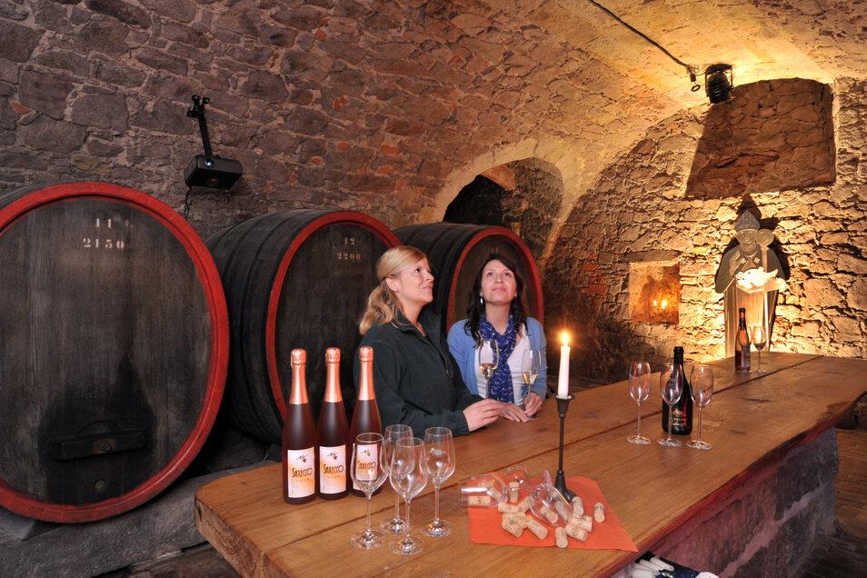 Wer alles über den Weinanbau und die Kunst der Herstellung wissen möchte, den informiert die Winzergenossenschaft Meißen mit Veranstaltungen und der Weinerlebniswelt.