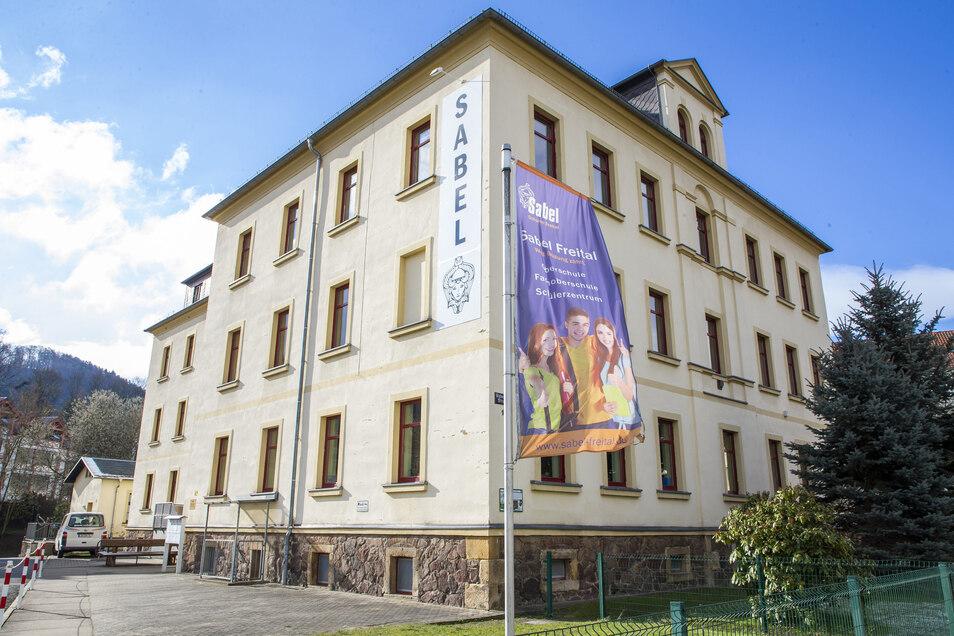 Die Oberschule Sabel in Freital konnte erstmals nicht alle Anmeldungen für 5. Klassen berücksichtigen.