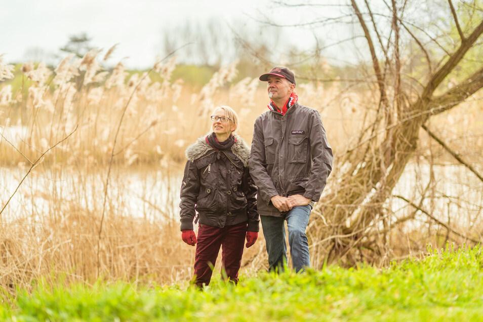 Arielle Kohlschmidt und Jan Hufenbach in Klein Priebus. Immer häufiger melden sich großstadtmüde Menschen bei ihnen, die Sehnsucht nach Natur und Ruhe haben.