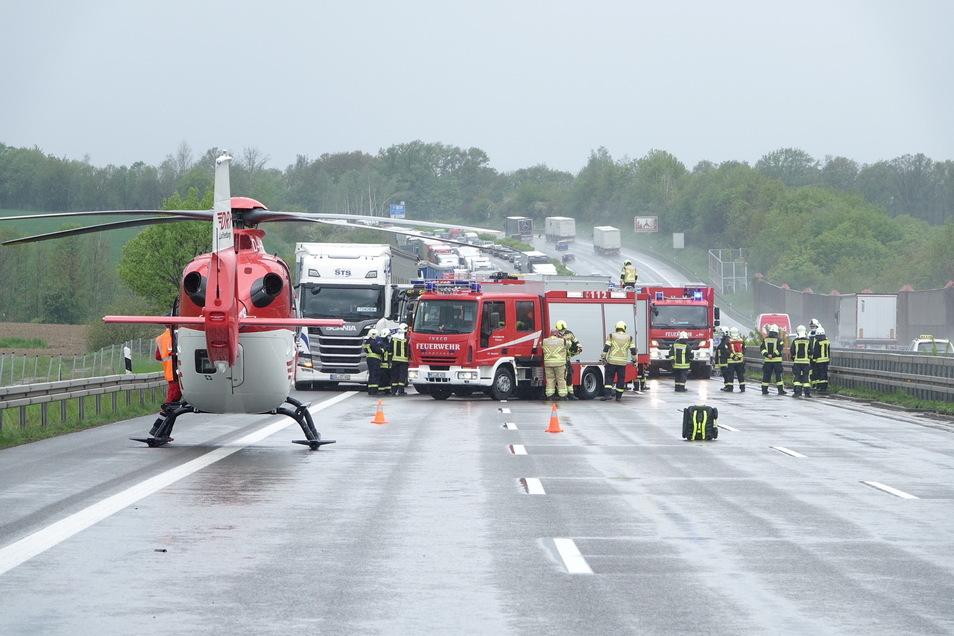 Dramatische Szenen haben sich am 19. Mai bei einem Unfall im Bereich der Triebischtalbrücke auf der A4 abgespielt. Das Geschehen hat eine Diskussion um die Verkehrsführung ausgelöst.