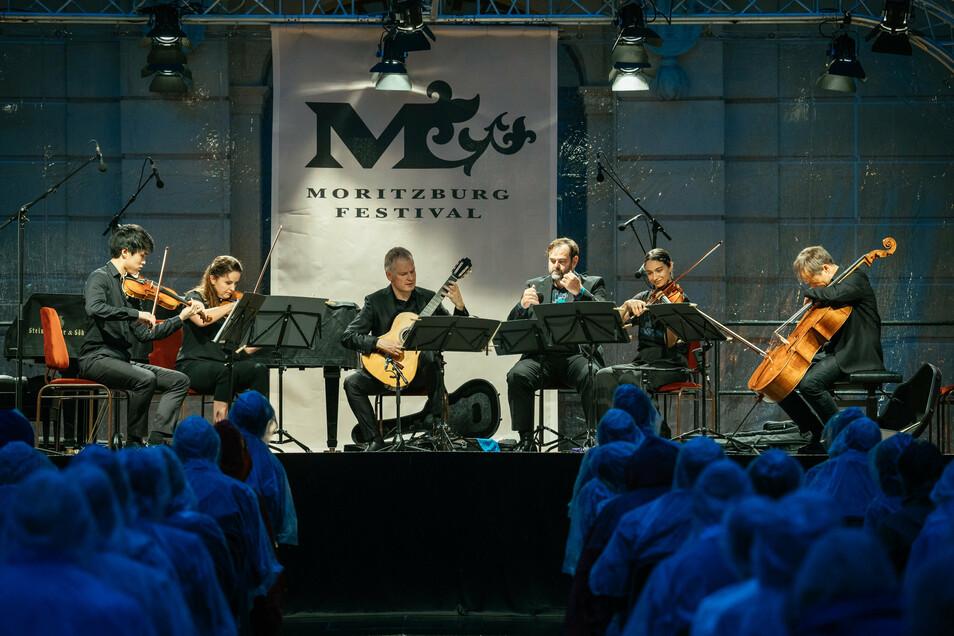 Das Moritzburg-Festival wurde von der Gemeinde Moritzburg in den vergangenen Jahren jeweils mit 20.000 Euro gefördert. Das sorgte immer wieder für Diskussionen im Ort.