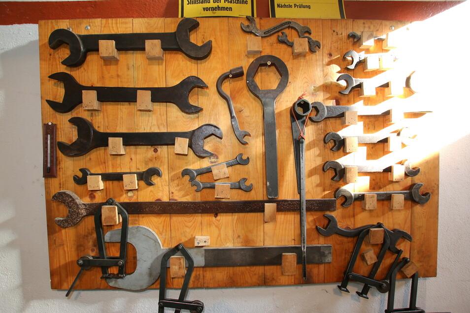 So groß wie die Technik ist auch das Werkzeug, das für Reparaturen und Unterhaltung genötigt wird.