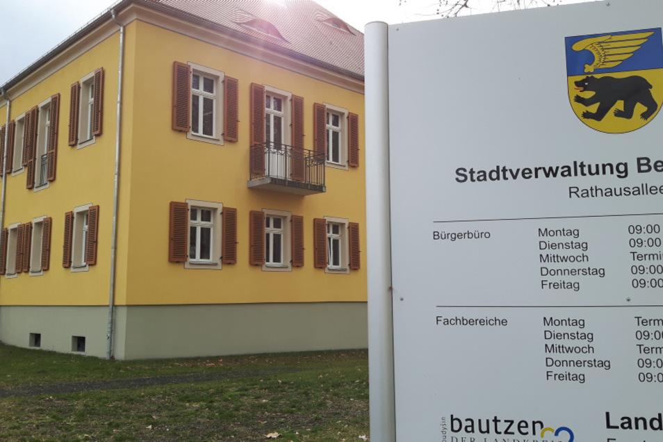 Das Bürgerbüro im Bernsdorfer Rathaus hat wieder für den Publikumsverkehr geöffnet.