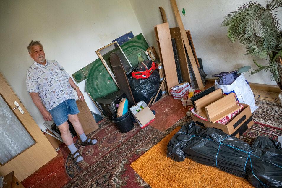 Lothar Firo ist überzeugt, dass er die Wohnung im derzeitigen Zustand nicht vermieten kann.