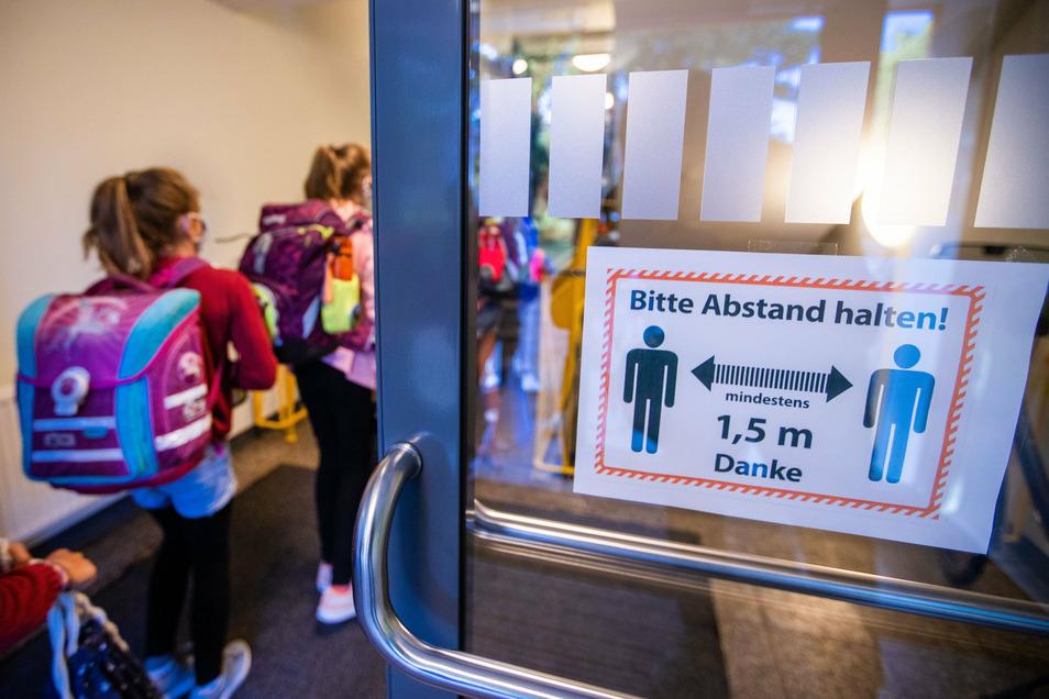 Trotz Schutzmaßnahmen sind derzeit etliche Schulen im Landkreis Bautzen von Corona betroffen.
