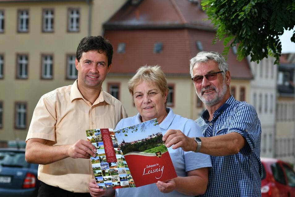 Zuhause in Leisnig - an dieser Broschüre hat Renate Simon mitgearbeitet. An diesem Dienstag wird die ehemalige Schulleiterin und Chefin des Heimatvereins 75 Jahre alt.