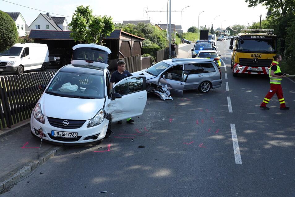 Langer Stau auf der B170 nach einem Unfall in Bannewitz.