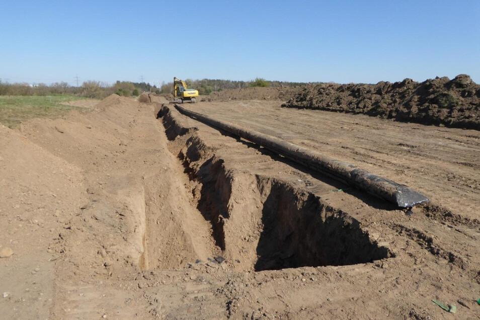 Ausgegraben, abgetrennt und zugedrückt: ein ausgebautes Stück der Ferngasleitung bei Forberge.