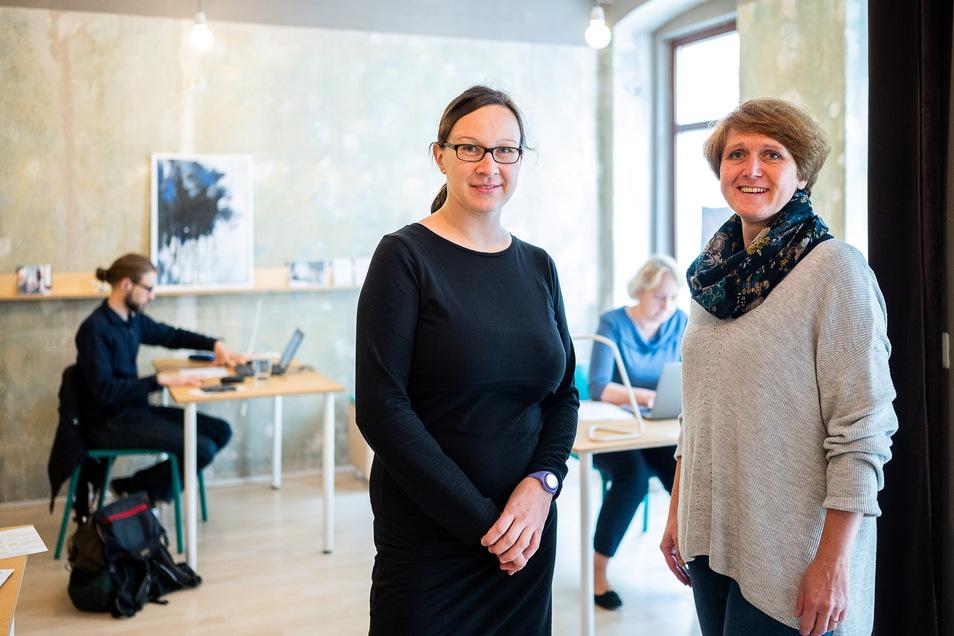 Luise Träger und Katrin Treffkorn sind Gründungsmitglieder des Vereins Kolaboracja und betreuen den Görlitzer Coworking Space ehrenamtlich.