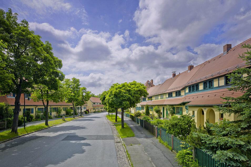 Die Gartenstadt Hellerau steht nicht nicht für ihre Häuser, die Anfang des 20. Jahrhunderts als sehr modern galten. Auch sozial und kulturell stand der Stadtteil vor Ausbruch des Ersten Weltkrieges für Fortschritt.