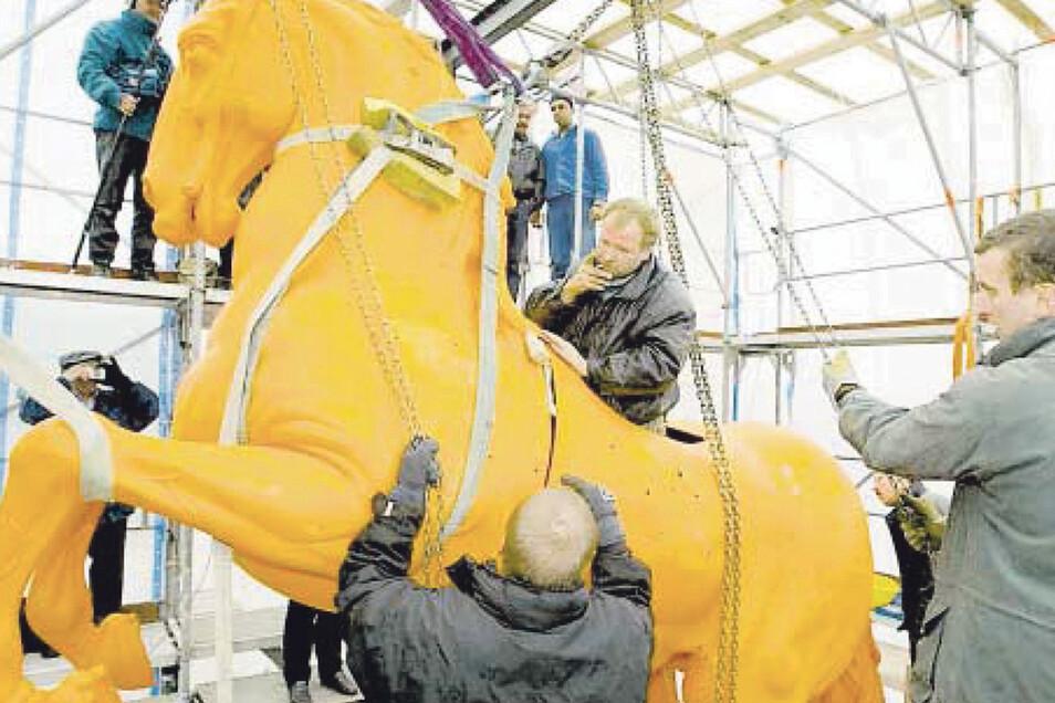 Der Goldene Reiter ganz ohne Gold: Von 2001 bis 2003 wurde das Standbild zuletzt umfassend restauriert.