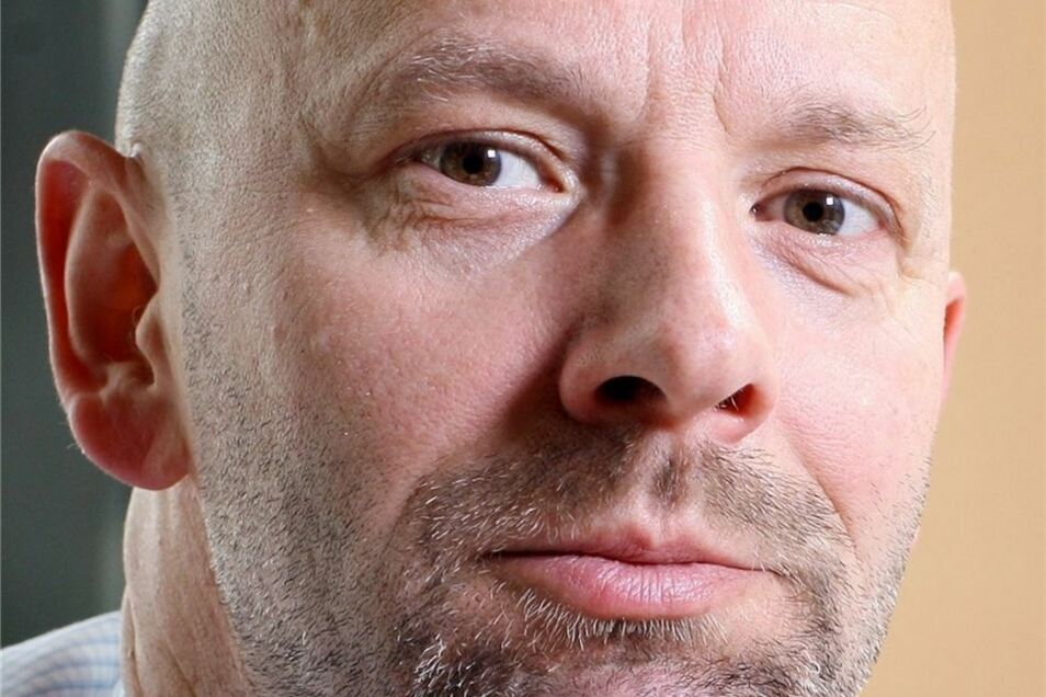 Dr. Stephan Helm, (59) ist seit 1991 Geschäftsführer der Krankenhausgesellschaft Sachsen.
