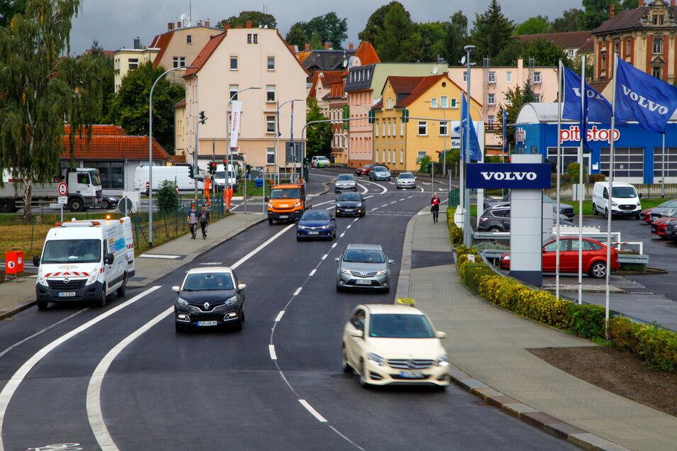 Freigabe erteilt: Auf der wichtigsten Verkehrsader im Westen sind die Bauarbeiten beendet.