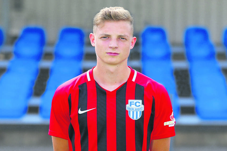 44 Leon Jejkal (20), Mittelfeld (Neuzugang 2. Mannschaft)