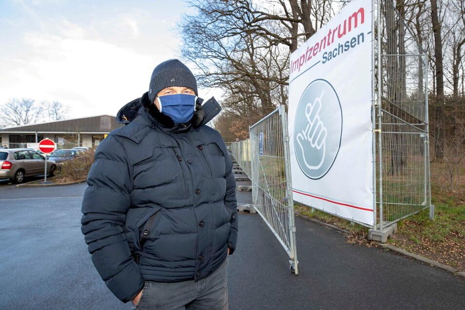 War einer der Letzten unter 60-Jährigen, die noch mit AstraZeneca in Pirna geimpft wurden: der Lohmener Oliver Zarski.