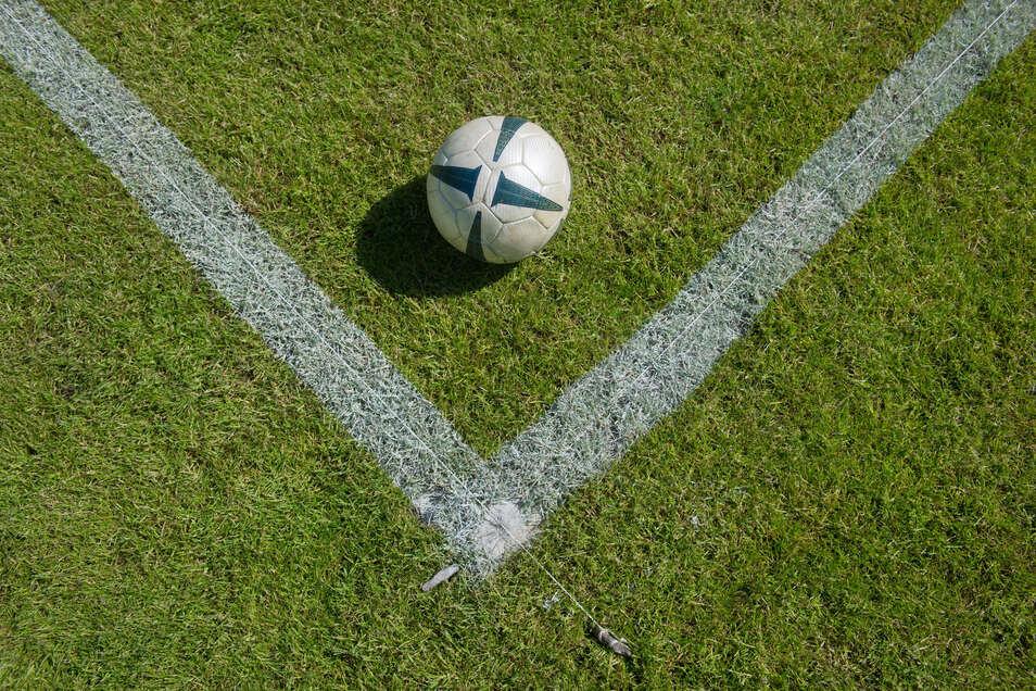 Seit Dezember haben die Grundschüler aus Ostrau ein neues Mini-Fußball-Feld. Doch es gibt einen kleinen Dämpfer.