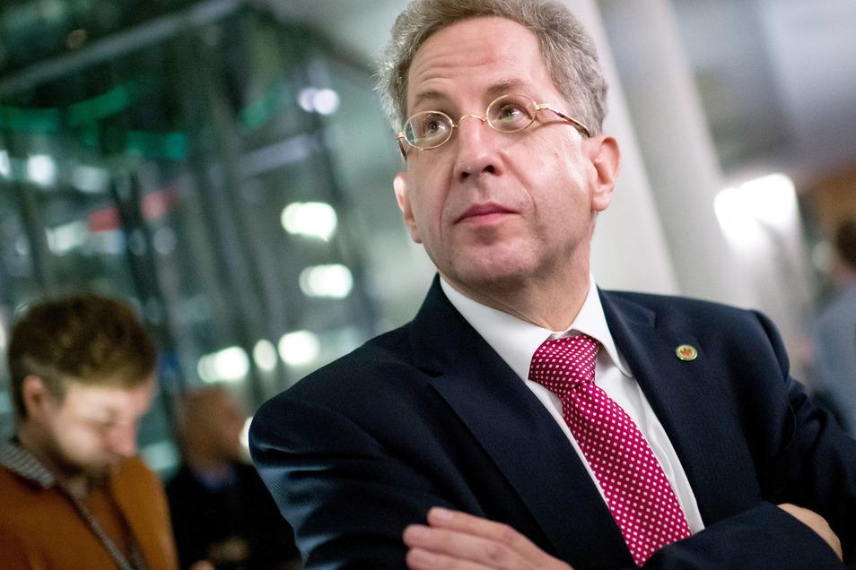Hans-Georg Maaßen, früherer Präsident des Bundesamts für Verfassungsschutz, kann nicht verstehen, warum man ihn in die rechte Ecke stellen will.