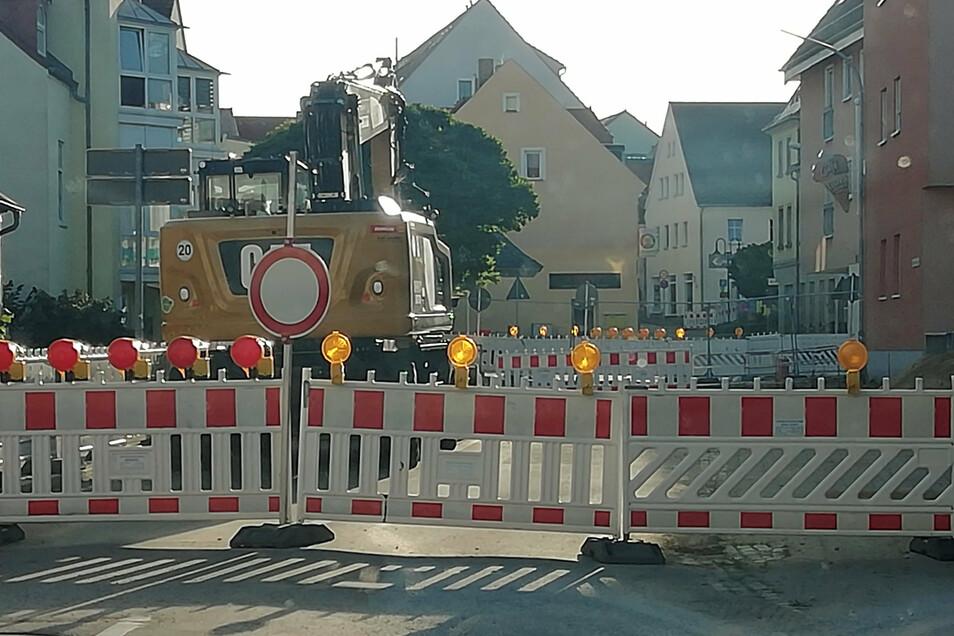 An der Brücke in Pulsnitz wird voraussichtlich noch bis Mai nächsten Jahres gebaut.