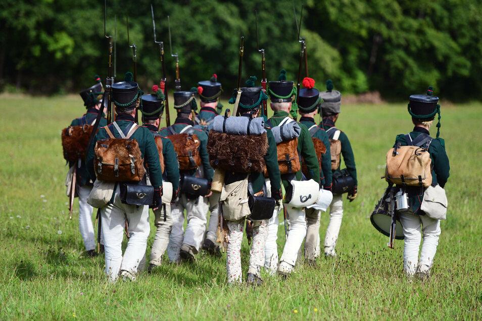 An der Gemauerten Mühle bei Löbau trafen sich am Sonnabend Freunde historischer Schlachten.