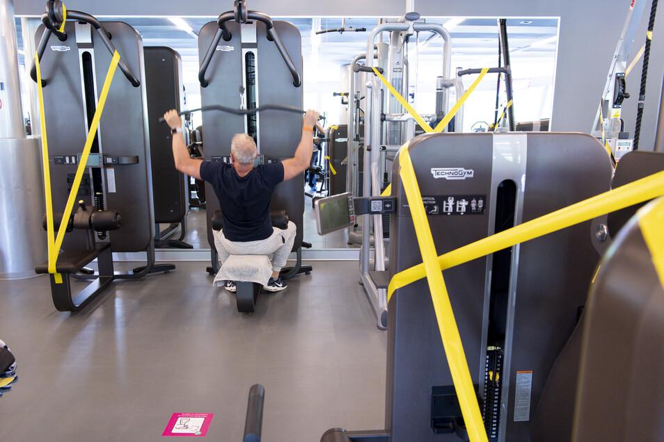 Fitnessstudios müssen selbstständig erarbeiten, mit welchen Regeln sie wiedereröffnen wollen.