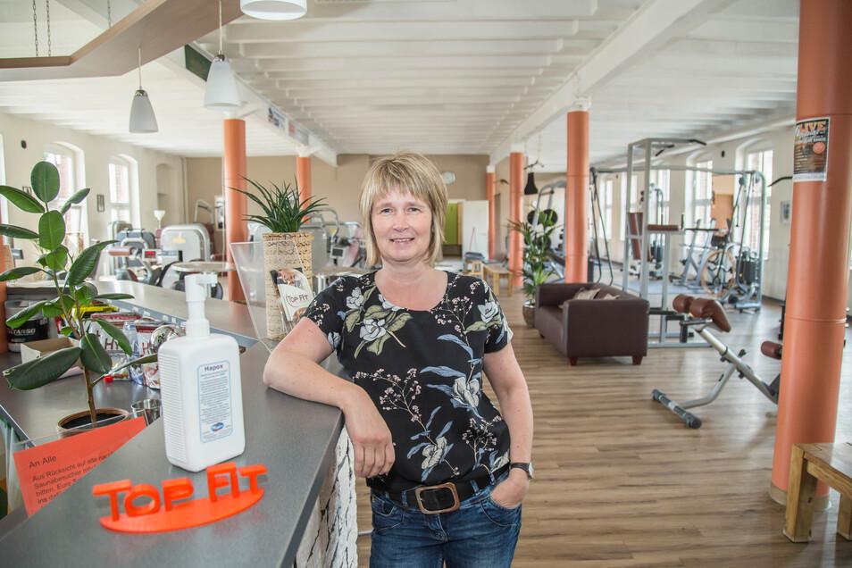 Ina Gloge ist Inhaberin des Fitness-Studios Top Fit in Görlitz. Unter strengen Hygiene- und Abstandsregeln ist ab Montag wieder Training im Studio möglich. Die Sauna bleibt aber noch geschlossen.
