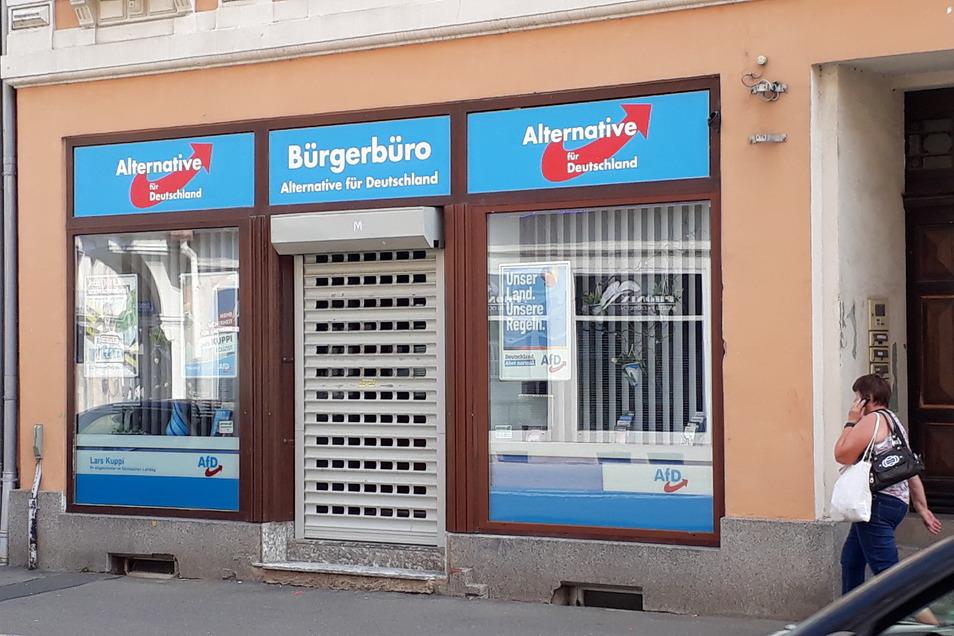 Das Bürgerbüro der AfD in Döbeln war in der Nacht zum Donnerstag beschmiert worden.