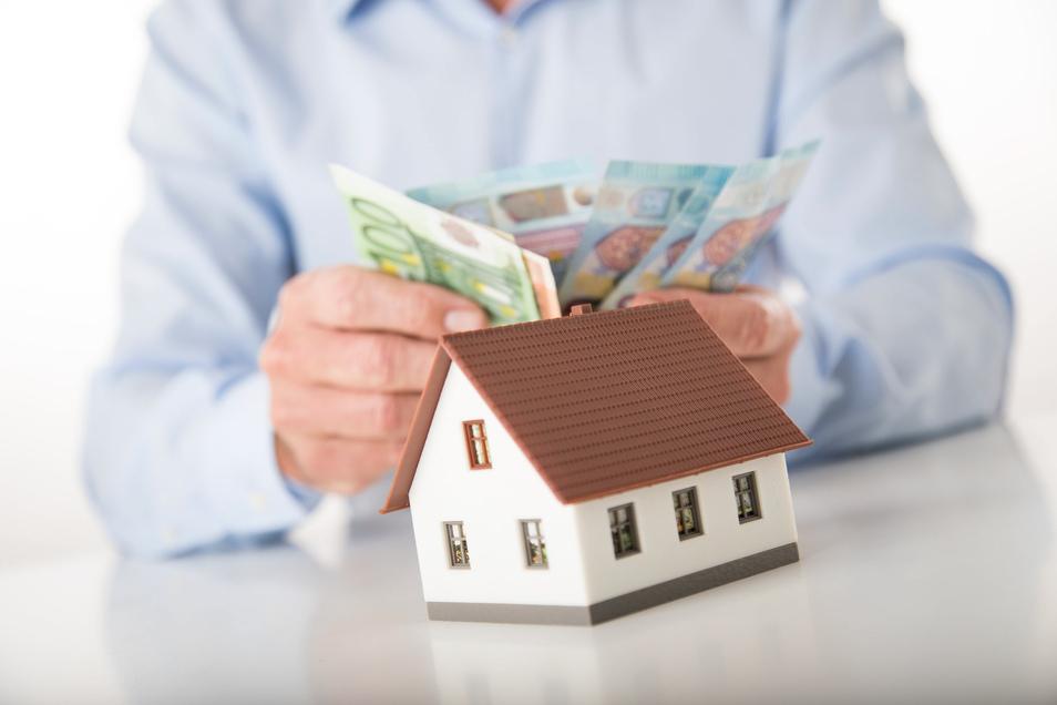Die Verrentung des Hauses bringt einem zwar Geld ein, ist wirtschaftlich gesehen aber nur selten die beste Lösung.