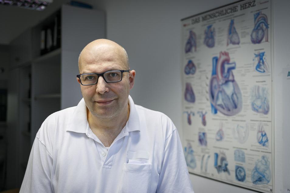 Chefarzt Dr. Jörg Lubrich wird die Isolierstation im Görlitzer Carolus-Krankenhaus leiten. Der Pneumologe ist auch Mitglied des Pandemiestabs im Landkreis.
