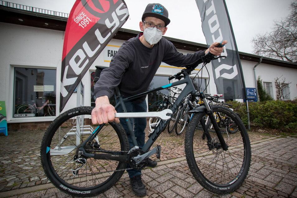 Noch ist das Geschäft Radsport Döbeln von Jens Böber relativ breit aufgestellt, was Neuräder betrifft. Die Lieferung stockt allerdings.