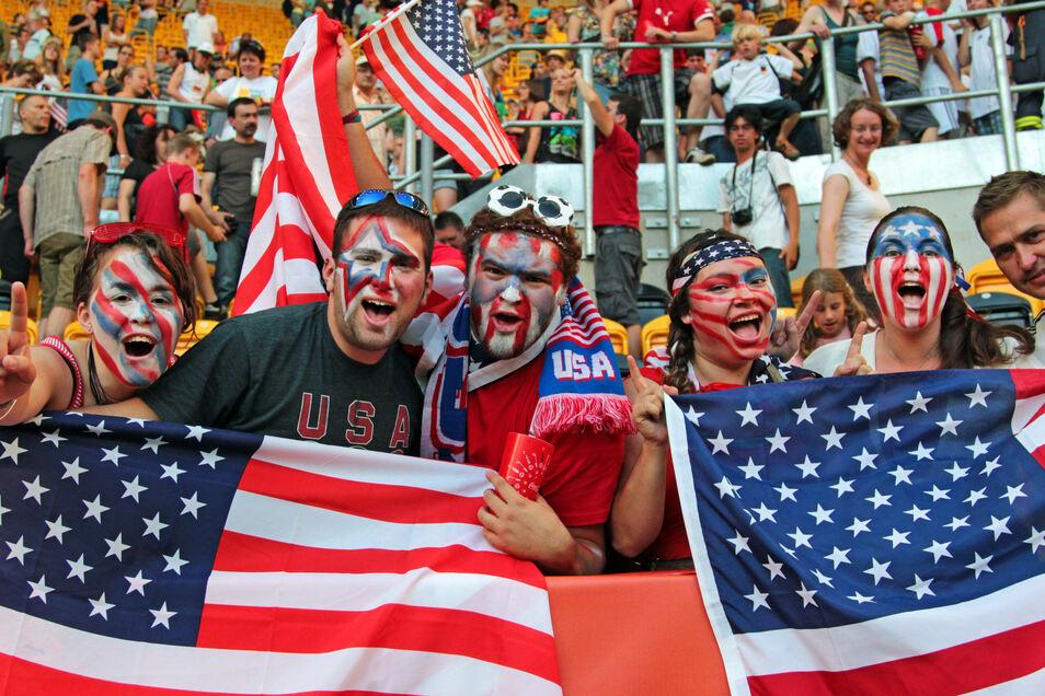 """Bei der Frauen-WM 2011 waren auch Fans aus den USA zu Spielen in Dresden. Organisationschef Sören Glöckner erhielt damals eine SMS des Chefs der amerikanischen Delegation vor deren Viertelfinale: """"Dresden, we are back at home - Dresden, wir sind wieder zu"""