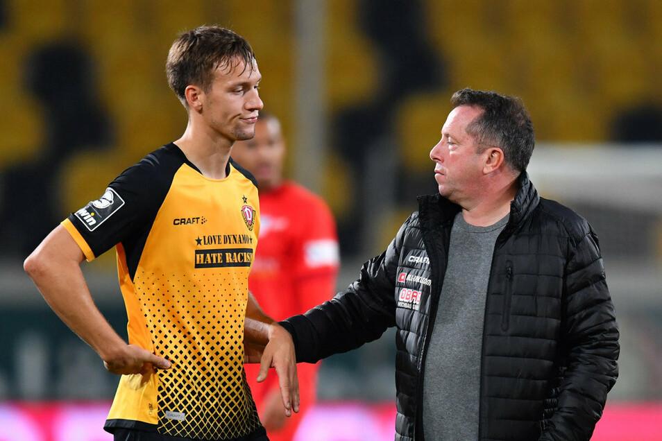 Viel zu bereden hatten Tim Knipping und Trainer Markus Kauczinski nach der Niederlage gegen Zwickau.